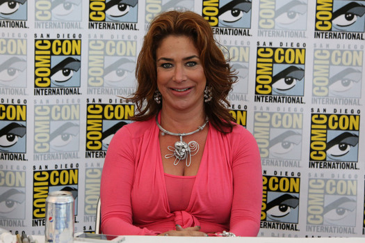 Claudia+Wells+signing+autographs+Comic+Con+B0CJO3indXqx.jpg